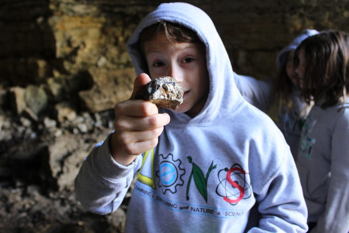 LENS Student Discovers Fossil in Cave